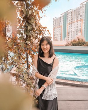 Staycation at @atriaresidences and I was standing at the swimming pool  Thank u for your warm hospitality ❤ . . . ... Photo by @jardenjeremi . . . . #sisytravelingdiary #gadingserpong #apartmentserpong #atriaresidence #serpong #hotelserpong #hotelreview #staycation  #photooftheday #beautifuldestinations #anysongchallenge #tiktokchallenge #hotelstaycation #photoedit #europe #like4like  #travelingwomen_  #clozetteid  #fblogger #thewanderingtourist #travel