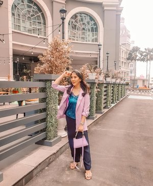 Finally, wearing lilac blazer. Lilac is the new black in 2020, right? Got it from @eclaircollection because I like their pastel collection. #lilac #lilacouter #lilacblazer #ootdspot #tapfordetails