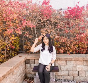 My favorite season: Autumn ❤Happy Sunday all 😁..............#ootd #photooftheday #beautifuldestinations  #seoul #france #jeju #ootdspot #jktspot #like4like #nstagramable #instagram #switzerland  #postthepeople #travel  #clozetteid  #autumn #namiisland #mountsorak #makeup #fairyland #japanese #travel #endorse #korea