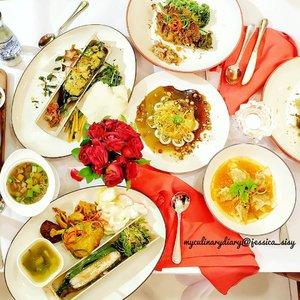 Move on from Valentine and move to CNY 2018!..Check out myculinarydiarycom.wordpress.com for more awesome post! Link is on my bio and my Zomato/Jessica Adi or Pergikuliner/Jessica Sisy for more food reviews#sisyeatingdiary #clozetteid ......#pedas#fujifilm#fujifilm_id#foodporn#foodgasm#chinesenewyear#kulinerjakarta#cny#murahmeriah#picoftheday#nomnom#onthetable#nothingisordinary#vscogood#beautifulcuisines#whitearoundus#appetitejournal#vscobeau#whywhiteworks#buzzfeed#thekitchen#rsa_minimal#MinimalPeople#fujifilm#holdthemoments