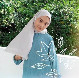 foto foto ngabuburit bareng @dreamcoid dan @rejoice.id yang belum sempet di post,kemaring ngomongin tentang hijrah bareng ka @chafrederica  yang bentuknya macem macem banget, dan salah satu kendala wanita berhijrah yaitu ga betah pakai hijab,gerah dan bikin rambut rusak, tapi kan semua ada solusinya! dari situlah @rejoice.id berinofasi untuk memberikan kenyamanan bagi wanita muslimah dengan ngeluarin produk hijab friendly-nya yaitu Rejoice Hijab Perfection.#SesejukHijrahmu #DreamXRejoice #clozetteid