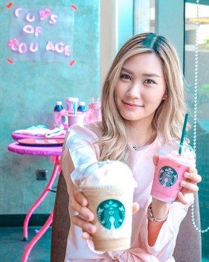 Minum Starbucks bisa sambil berdonasi loh, dengan 4 varian Pink Drinks yang terdiri dari Pink Macchiato, Sakura Yoguberry Frappuccino, Double Pink Coffee Frappuccino dan Pink Blossom Raspberry Tea. Kamu bisa mendapatkan special price 30rb dengan cara pakai filter dari @starbucksindonesia dan Sebagian penjualan dari Pink Drinks ini akan di donasikan ke @lovepinkindonesia! Yuk Tunjukkan dukungan kalian dan dapatkan kesempatan memenangkan Voucher Starbucks senilai IDR 2,000,000 dari @ClozetteID! Caranya: 1. Posting foto kamu Instagram dengan menggunakan Starbucks Indonesia Face Filter. 2. Mention @StarbucksIndonesia @ClozetteID dan jangan lupa sertakan hashtag#SbuxCupsOfCourage#SbuxCupOfStories#ClozetteIDxStarbucks#workwithtorquise #clozetteid