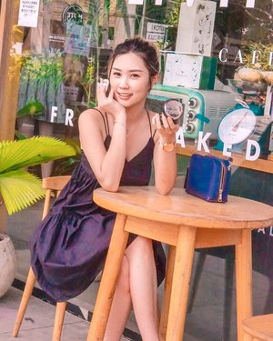 Selama di Bali amanda selalu pakai cushionnya @maccosmeticsid 🥰 👉🏻 Gak perlu touch up dan Cover upnya Numero Uno 👌🏻Teruss Karena bentuknya cushion jadi gampang di bawa n gampang di pakai 🙌🏻 Duhhh!!! Video tutorial akan segera tayang. Sabar yaakk~ 💋...#torquiseinbali #bloggersurabaya #clozetteid #maccosmeticsid