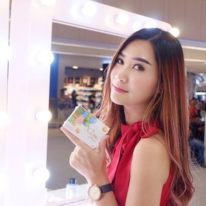 Swipeee!!!From yesterday while attending grand opening of @kimiafarma.os @kimiafarmacare i wear @x2softlens for whole day~Pretty comfy and not make my eyes irritate...> < Actually they have various series n type like X2 Sanso, X2 Diary, X2 Bio Series, from all of them this's my fav!You can get it on www.X2.co.id and avail in Kimia Farma Tunjungan Plaza thoo!!! #kimiafarmacare #makeupyourlife #kimiafarmahealthandbeauty #x2softlense