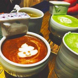 You make me happy in a way no one else can 😋🍴 P.S it's latte guys 😂#eatwithtorquise #TQinKorea #bloggersurabaya #clozetteid