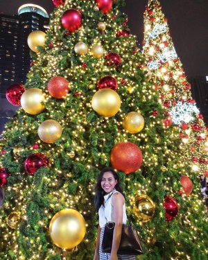 Christmas holiday is finally over. Can't we just have Christmas twice a year? 😂😂 . . . . #clozetteid #centralworld #festiveseason #christmasholiday #christmasinbkk #holidayisover #goodlife #goodvibesonly #cantwaitfornextyear #2018hereicome