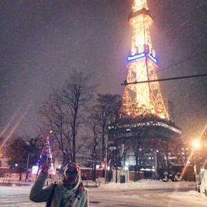 Finally I have some time writing pending travelling articles 😂. COMING SOON. It is not even Thursday but why not posting a teaser to take a look my #throwback ? #clozetteid #sapporo #winter #travelblogger #travelling  P.S: Don't mind the random person below, you can stare as much as you want to  this beautiful TV tower instead 😂😂. Yes, it was blizzard that day.