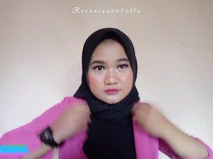Makeup look like basah ala ala, Biar nyamuk kepeleset! 😜Detail produk yang aku pakai :🌸 @maybelline_indonesia - Baby Skin🌸 @lagirlcosmetics - Magic BB Cream shade 03. Tan 🌸 @wetnwildbeauty - Concealer - Light Ivory🌸 @viva.cosmetics - Pencil Alis cokelat🌸 @eminacosmetics - Cream Blush Cheek Lit - Peach 🌸@elsheskin - Natural Loose Powder For Acne🌸  @makeoverid - Eyeshadow Palette Smokey🌸 purbasarimakeupid - Voluming Eyelashes no 01🌸 @mizzucosmetics - Chrome Eyeliner Gel No 08 Iconic pink🌸 @wardahbeauty - Lighting BB Cake no 03 Natural🌸 @Focallure - Blush highlighter palette no 01🌸 Pixy Cosmetics - Lip Cream 05. Edgy Plum🌸 @naulicosmetics - Luminous Setting Spray#ClozetteID #Makeupuccino  #HijabersBeautyBVlogger #makeup #Tutorialmakeup #Beautychannel #Beauty #Focallure #BeautyRangerID #BTS