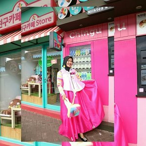 안녕하세요.....💕 .#ClozetteID #Revanisanabella #beautygoers #Beautychannel #beautyrangerid #hanbok #chingucafe #hijabOOTDindo