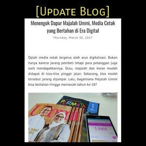 #updateblog #bloggingtips . . Oplah media cetak tergerus oleh arus digitalisasi. Bukan hanya karena jarang pembeli tetapi para pelanggan juga sulit mendapatkannya. Dulu, majalah dan koran mudah didapat di kios-kios pinggir jalan. Sekarang, kios model tersebut jarang dijumpai. Lalu, bagaimana Majalah Ummi bisa bertahan hingga memasuki tahun ke-28? . . Oleh-oleh cerita Program Edukasi Muslimah @bloggermuslimah ke kantor @majalah.ummi bisa dibaca di helenamantra.com. Ada bonus tips nulis juga dari para editor. . #momblogger #lifestyleblogger #updateblog #helenamantrastory #blogger #clozetteID #family #lifestyle #bloggingtips #tipsmenulis #writingtips #bloggermuslimah #majalahummi #ummionline