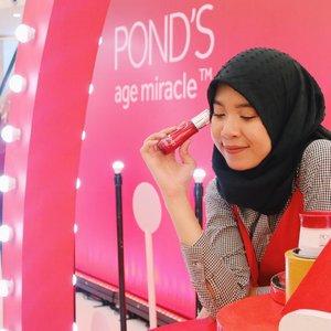 Hari ini aku abis seru - seruan di eventnya @pondsindonesia x @beautyjournal yang bertemakan Kartini Masa Kini. Di event ini, kita bisa seru - seruan dengan berbagai activity kaya workshop, beauty class, games dan bisa juga foto - foto di booth yang super lucu. Buat yang gak bisa dateng hari ini, masih bisa dateng buat seru - seruan besok! Yuk ajak temen - temen kamu buat ngerayain Kartinian bareng @pondsindonesia dan @beautyjournal ❤️ #BeautyJournalxPonds  #NeverStopGlowing #KartiniMasaKini #clozetteid