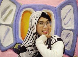 Jumpa lagi.... Jumpa Meissy kembalidiacara...Ci Luk Ba 👧👧😂😂..📷 @ifarinayatiTasya thanks fotonya Meissy senang sekali 😋..#kidult #kidults #nostalgia #anak90an #anak90anpastitau #happyweekend #smile #Jakarta #photooftheday #clozetteid #ootd #outfitoftheday #imwearing #style #hijabstyle #everydaymadewell #hijab #mystyle #instastyle #myoutfit #hijaboftheday #fashion #streetstyle #koreanstyle #fashiondaily #lifestyle #selfie #selfmade #hijabers #knitsweater