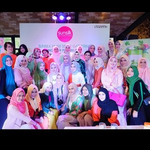 So honoured to joined #SunsilkHijabSister gatheringThank you for having me @sunsilkid & @clozetteid .#UncoverPossibilities #Clozetteid#rj_storydotcom
