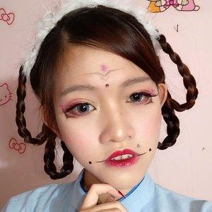 "udh lama rasanya gk mainan makeup yg unik""... soon nita brjanji akan lbih produktif lgi. 😂😂😂 inspired makeup : Kylin柒七 . . . . . . . . . #makeuplook #makeupjunkie #instamakeup #instalook #potd #motd #beautygram #beautyaddict #instagood #likes #asian #instabeauty #makeup #beauty #indobeautygram #blogger #beautyenthusiast #beautyinfluencer #beautyaddict #bestoftheday #vsco #vscobest #tweegram #instamood #chinese #mood #clozetteid #clozetter #cosplay #cosplayer @beautysquad_id #beautysquadid"