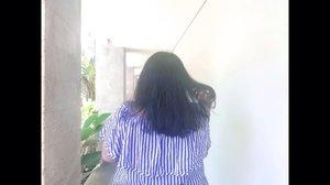 Hi 👀 Siapa yang rambutnya suka kusut tidaq jelas dan rontok parah? Cobain deh varian Ginseng dari @backtonatur Conditioner. Ngebantu banget mengurangi kerontokan. . Full review sudah naik di blog. Klik link bio aja. 😍🍓✨ .  . #shampoo #shampoolokal #shampoountukrambutketombe #shampoountukrambutrontok #nature #tree #branch #shampooantiketombe #haircare #Clozetteid . #bebasketombe #rambutketombe #naturteatreeoil #pilihyangalami #alamilebihbaik #backtonatur #rambutrontok #conditionerrambutrontok #hairconditioner #bali #hotelinbali