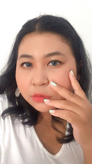 Mini review sambil make up tipis - tipis. Aku rekomendasi 3 shade favoritku @safibeautyperfect. Semoga kalian makin mantap dan ter-ratjuni yak..@safiindonesia .#virtualeventSAFIxBBB#SAFIBeautyPerfect #HalalNaturalTeruji.#selfie #makeup #makeupideas #makeuplife #makeuplook  #makeupobsessed #lotd #lipsoftheday  #bigsizebeauty #beautyinsize #plussizestyle #makeupvideo #makeupaddiction #makeupaddicted #makeuplover  #makeupinspiration #makeuptutorial #clozetteid.#brushed by vina