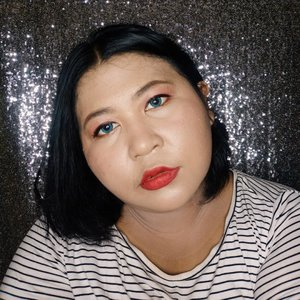 Villain Inspired Makeup! Kali ini aku terinspirasi dari Evil Queen di Snow White. 🤭.Apakah saya masih terlihat anak baik? *dikeplak* well, step by step ada di blog. Klik link di bio!.#makeup #makeupideas #makeuplife #makeuplook  #makeupobsessed #lotd #lipsoftheday  #bigsizebeauty #beautyinsize #plussizestyle #makeupvideo #makeupaddiction #makeupaddicted #makeuplover  #makeupinspiration #makeuptutorial #clozetteid#BeautiesquadxPurbasari #Beautiesquad #Purbasari #BeautiesquadReview #BersamaBS #BS3Tahun  @beautiesquad @purbasarimakeupid @purbasari_indonesia