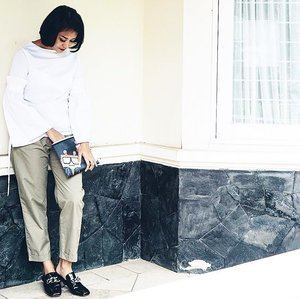 Basic outfit . . . . #comfyoutfit #style #ootd #ootdindo #wiw #wiwt #monochrome