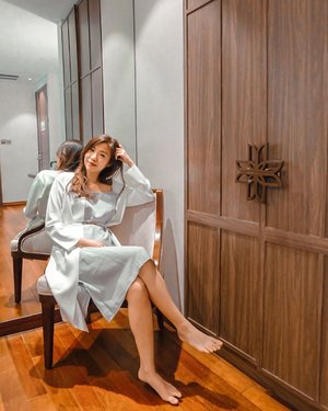 Rise and shine today! :)  I can chill all day long with this pretty lounge wear dress from @label8store  Could be used for bed or hangout, style it as you like ❤️ . . . #projectcollabswithangelias #styleinspo #styleinspiration #styleblogger #clozetteid #lookbook #lookbookindonesia #stylexstyle #loungewear #ootd #ootdindo