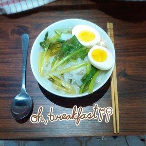 いただきます~♥ ( ´ ▽ ` )#food #foodporn #foods #chinesefood #kwetiau #boiledegg #nyummm #instadaily #clozetteid #potd