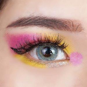 How you like this? Inspired by my last post 💜💛 Love the color combination~  Detail produknya soon ya guys hehe. . . . . . . . #eyes #eyemakeup #inspirasimakeup #zonamakeup #indobeautygram #indobeautyvlogger #IVGbeauty #hudabeauty #nikkietutorials #allmodernmakeup #motd #lilac #kbeauty #wakeupandmakeup #beautyblogger #makeuptutorial #makeupindo #clozetteid #charis #cchannelbeautyid #purple #beautybloggerindonesia #beauty #instagood #makeup #makeups #makeuplover #makeupaddict #makeupjunkie #likes