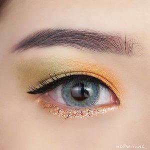 Orange Mint Punch 🍊🍃.♡ brow ♡@jillcosmetics draw my brow - ash gray.♡ eyeshadow ♡@beautyglazed gorgeous me tray palette.♡ glitter ♡@blackrouge_id pearlverly iglitter - orange.♡ eyeliner ♡@jillcosmetics beauty liner expert.♡ mascara ♡@inga_official fiber tattoo mascara - brown