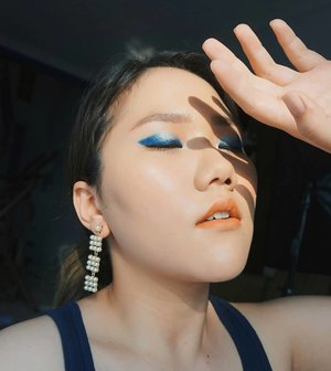 Ice and Fire ❄🔥 . #blue #makeup #sunset #selfie #clozetteid