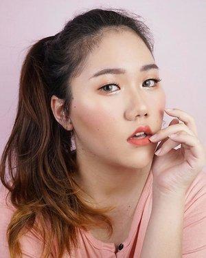 Seandainya foto di KTP ku bisa sebagus di slide terakhir 🙂 . . . . . . #clozetteid #inspirasimakeup #zonamakeup #koreanaesthetic #makeupideas #naturalmakeup #koreanmakeup #motd #skincare #kbeauty #makeupkorea #koreanskincare #tutorialmakeupnatural #makeupindo #cchannelbeautyid #makeupart #makeupartist #howyoulikethat #blackpink #beautyvloggerindonesia #beautybloggerindonesia #tiktok #tiktokindonesia #inspirasicantikmu #skincareroutine #makeuptutorial #makeupvideos #tampilcantik #tutorialmakeup  #tutorialmakeupsimple