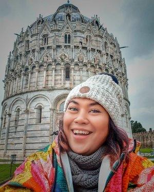 First let me take a selfie . #clozetteid #travelling #travelaroundtheworld #pisa #pisatower #italy #tuscany #italy🇮🇹 #wheninitaly #dsywashere #dsybrangkatlagi