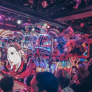 My robots experience!!.Setiap ke jepang penasaran sebenarnya dengan robot performance ini, dan akhirnya kejadian juga. Its fun and thats the coolest about Japan. Just sit back and enjoy the freaky show.#clozetteid #Clozettexcooljapan #cooljapan #shinjuku #robotrestaurant