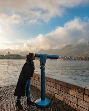 Okay.. gajian sudah dekat 👍👍👍 . #clozetteid #travelling #travelaroundtheworld #lakecomo #como #italy #tuscany #italy🇮🇹 #wheninitaly #dsywashere #dsybrangkatlagi