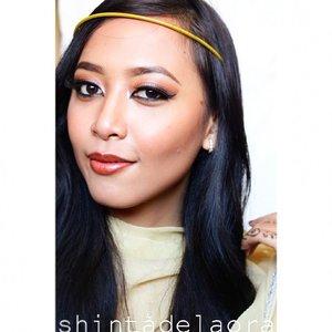 pengen upload !!! #latepost sih... tapi biar nambah #socialbeats di akun @clozetteid ku boleh lahhh.... happy Saturday girls !  #clozetteid #clozetteambassador #clozettedaily #beauty  #indonesianbeautyblogger #motd #fotd #golden #tanned #smile #exotics #indonesian #photoshot #aboutalook #byshintadelaora #photooftheday