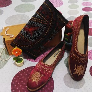 Handmade from Aceh, couples was gorgeous.. sampai sayang buat dipake #COTW #clozetteid #SHOESLOVER #Handmade #acehpoenya