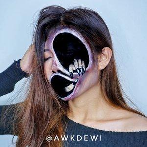 Udh lama gk bikin makeupnya yg serem2 awkwkwkwk.Product use : update soonInsp: @hwajang.13 #Indobeautysquad #ClozetteID #100daysofmakeup #halloweenmakeup #Illusionmakeup