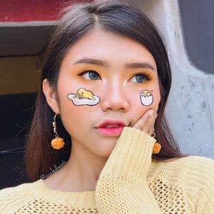 Gudetama makeup🍳🐣🧡💛 @gudetama . FACE: @nyxcosmetics_indonesia Total control drop Primer @getthelookid Loreal Pro Glow & total cover foundation @byscosmetics_id Banana Powder @makeoverid Blush on (10 passion pink) @nyxcosmetics_indonesia 3Step To Sclupt (light) @thebalmid Bonnie Lou Manizer highlighter Face paint - NoBrand EYES: @byscosmetics_id REBEL Eyeshadow palette (Edgy & Bold) @morphebrushes 35B (Yellow) @nyxcosmetics_indonesia eyebropencil automatic (Darkbrown) @maybelline HyperImpact eyeliner LIPS: @lakmemakeup matte melt lip color (08 peach rose) @makeoverid Intense matte lipcream (Cosmopolitan) . Lashes: @forher.lashes SMART type #indobeautygram #indobeautyvlogger #Indobeautyblogger #openendorse #indonesianfemaleblogger #likeforlike #lfl #endorsement #jakartabeautyblogger #vloggerjakarta #beautyvloggerjakarta #makeup #beautynesiamember  #bvloggerid #beautysquadid #ivgbeauty #bunnyneedsmakeup #indobeautysquad @bunnyneedsmakeup @indobeautysquad @ragam_kecantikan @tampilcantik #tampilcantik #clozetteid @makeup_clips #makeupclips @tips__kecantikan #tutorialmakeuplg #100daysofmakeupchallenge #100daysofmakeup @100daysofmakeup #pictureperfect #underratedmuas #kawaiimakeup #gudetama #gudetamaindonesia #gudetamamakeup