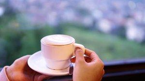 Bumi berputar, hidup pun demikian. Hati-hati memperlakukan orang lain. Apa yang kamu tabur, itulah yang akan kamu tuai.   #notetoself #selfreminder #jeda #karma #zen #clozetteid #positivevibes #coffee #cafe #instacoffee #cafelife #caffeine #drink #coffeeaddict #coffeegram #coffeeoftheday #cotd #coffeelover #coffeelovers #coffeeholic #coffiecup #coffeelove #coffeemug #coffeeholic #coffeelife #semarang #exploresemarang