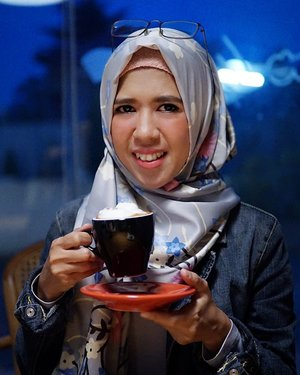 Senyum akhir bulan 😭#clozetteid #meds87 #hijab #hijabers #ootd #hotd #coffee #cafe #instacoffee #cafelife #caffeine #drink #coffeeaddict #coffeegram #coffeeoftheday #cotd #coffeelover #coffeelovers #coffeeholic #coffiecup #coffeelove #coffeemug #coffeeholic #coffeelife #coffeeshopjakarta #cafejakarta 