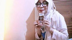 #NikmatnyaIndomilkJavaCriolloBikinMerem --- Break sejenak dari kegiatan dan minum susu @indomilk . Nikmatnya #IndomilkJavaCriollo bikin merem!  Rasa cokelatnya berasa banget. Karena terbuat dari #CokelatPremiumIndonesia . Cobain juga deh. 😚 @ccis_ncha . . #foodie #milk #beverage #healthyfood #clozetteid #milkchocolate #chocolate