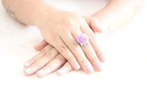Pretty #rose #ring from @verona_id 💜💜 💜 #clozetteID #clozettefashion #instadaily #photooftheday #potd #iphonesia #instamood #igdaily #fashiondiaries #fashion #fashionstyle #instafashion #fashionstylist #stylist #photoshoot #instagood #fashionphoto #photography #mode #instastyle #style #clozetteaccessories