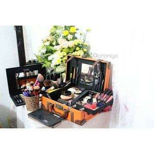 A girl's treasure chest 😝..#productstylist #stylist #instadaily #photooftheday #ootd #iphonesia #makeup #fashiondiaries #fashion #fashionstyle #instafashion #makeupjunkie #fashionphoto #photography #beautyblog #instastyle #style #instaoutfit #blogger #indonesianblogger #fashionblog #fashionblogger #bloggerindonesia #fashionista #fashiongram #fashionpost #beautyblogger #clozetteID #starclozetter