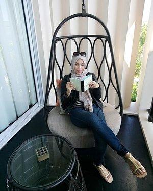 Goza tu vida ❤ #travelbeautylove #mybalilombok #traveler #travelblogger #beautybloggers #beautybloggeronvacation #hijab #bali #iamtb #clozette #clozetteid