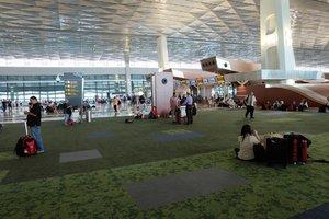 Terminal 3 yang baru, ada tempat nyaman untuk lesehan, lebih lega alias spacious :D . . . . . #clozetteid #terminal3ultimate #terminal3