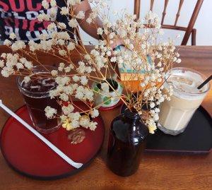 Semasa: Coffee & Vanilla . . . . . #clozetteid #semasa #semasadikotatua #semasacoffee #explorejakarta #manualcafe #manualjakarta #coffeeandvanilla #kotatua
