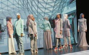30 Tahun @shafiramuslimfashion Special Fashion Show, mengangkat tema World Wanderer dari 5 Benua 😍thankyou Shafira & @hijabinfluencersnetwork..#ShafiraWorldWanderer #indonesiafashionweek #ifw #clozetteid