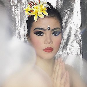 Selamat Hari Raya Nyepi. Kindly check out my youtube channel to find out this Balinesse Dancer Makeup.