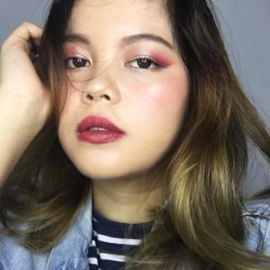 Happy satnight.  Deets: . 1. @makeoverid liquid matt foundie 02 mix with @shuuemura the lightbulb foundie  2. @juviasplace the Masquerade palette 3. @blpbeauty candy apple mix with @revlonid matte lipstick 007  4. @elfcosmetics cream blush in shade red  5. @maybelline magnum barbie
