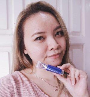 Pertama kali nyobain Thailand's made acne product @acnocindonesia❤️Aku super sukaaa, kenapaaa? Karena dari sekali pake bisa langsung kempesin jerawat yang baru muncul menyut. Bilangnya sih 4jam doang guys! Is it true?I've post the full review on my blog. Go check em out yah😘 Direct link di bio yah😍....#clozetteid #cchannelid #potd #potdindo #vscocam #vsco #vscophile #vscogrid #peoplescreatives #igdaily #instadaily #instastyle #blogger #photooftheday #justgoshoot #vscogood #snapseeddaily #snapseed #photoshoot #exploretocreate #vscodaily #love #beautybloggers #acneproneskin #acneproblems #acnocthailand #acnocindonesia #acnoc #acnespotgel #sponsoredreview #