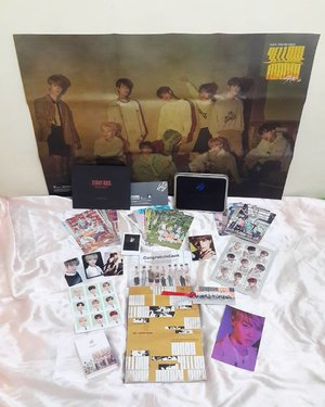 Thank you so much @2019talktalkkorea for amazing gift... I'm so greatful when i receive all this gift🙏 I hope this year Talk Talk Korea 2019 got a lot of love too🙏 정말 감사합니다... 친구들 Talk Talk Korea 2019 에게 많이 사랑하주세요😍😘 . . . #luseechinstoryofkorea #2019talktalkkorea #ambassador #giveaway #LCWGA2019 #lifestyle #blogger  #lifestyleblogger #kfansblog #korea #straykids #jyp #soconetwork #clozetteid