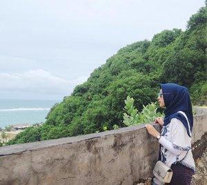 -Ngeliat dari jauh aja aku seneng, apalagi ngeliat dari deket 😍.-#ExploreBali #PuraBatuan #Ubud #Bali #ExploreIndonesia #VisitBali #VisitIndonesia #Pura #WelcomeBali #CintaBudaya #CintaIndonesia #BaliIndonesia #hijabtraveller #kuta #denpasar #nusadua #jimbaran #seminyak #pantaipandawa #pandawabeach #bestbeach #clozetters #clozetteid