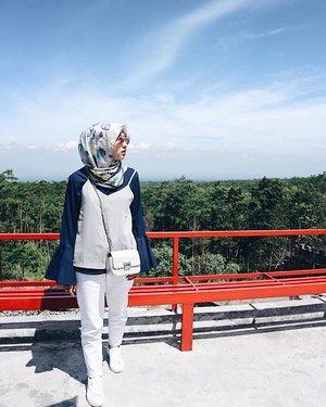 - Love the sky cause I feel so calm, my outfit too 💕 - #Yogyakarta #Jogja #Jogjakarta #KenanganJogja #hijabersindonesia #hijabootdindo #clozetters #clozetteid #holiday #thelostworldcastle #thelostworldcastlejogja #visitjogja #wonderfulindonesia